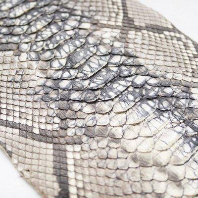 Натуральная кожа питона в отрезках (микс).